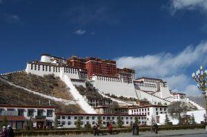 Palác Potala ve Lhase v Tibetu